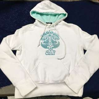 「Cult」衝浪品牌白色xTiffany藍長帽T