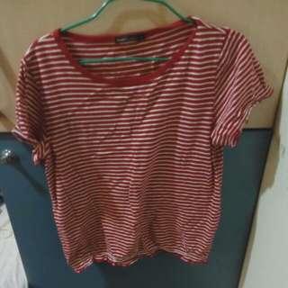 Bossini 紅白條紋短袖上衣