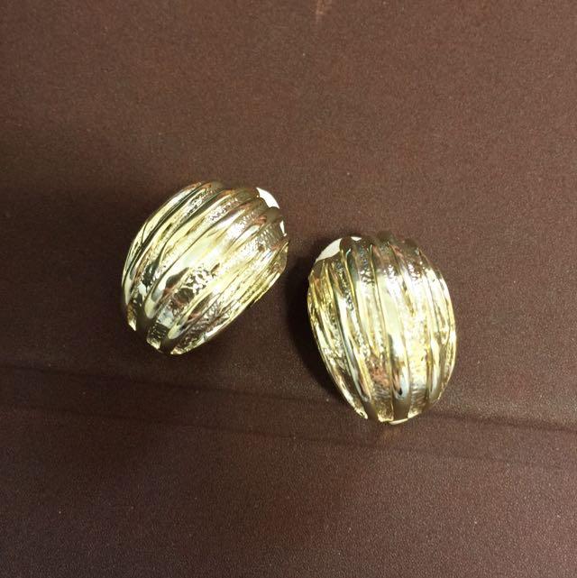金色復古貝殼耳環