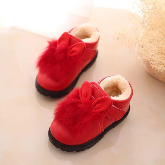 「全新美品」兔子耳朵紅色兔毛暖暖娃娃鞋15公分