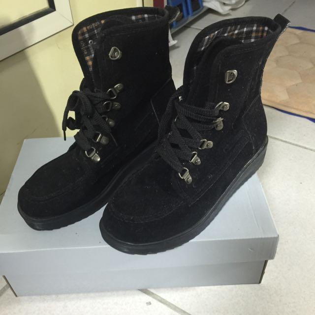 高筒ㄐㄧˉ皮鞋