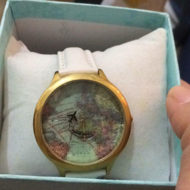環遊世界 手錶 白