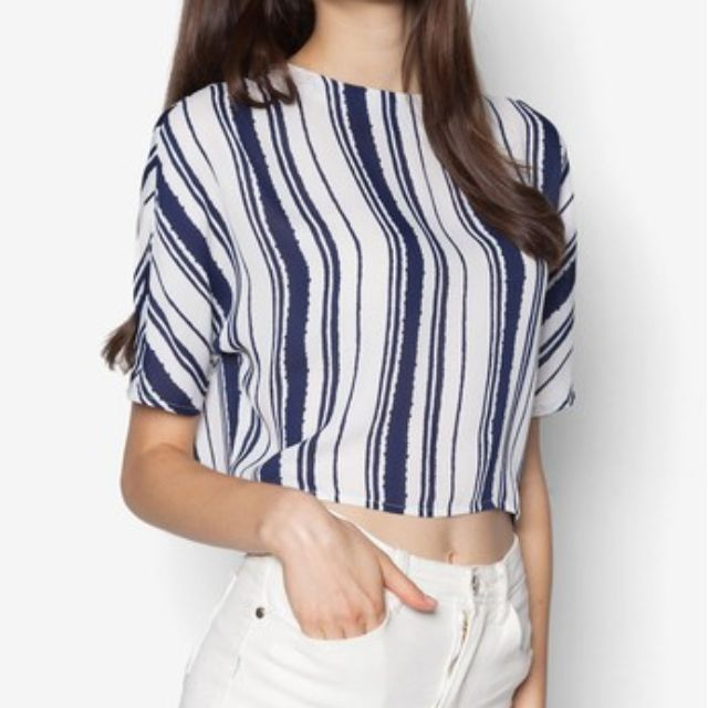 BN Vertical Pinstripe Boxy Crop Blouse Top (Navy Blue White ... d1dc4284687