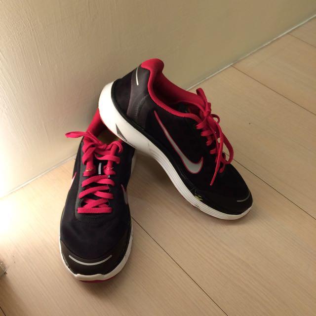 NIKE 女 慢跑鞋