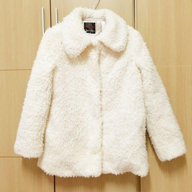 日牌Sorridere x Kitty聯名溫暖大衣外套