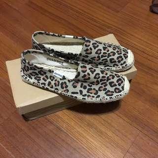 soludos 草編鞋