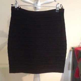 Ally Black Woven Mini Skirt Size M
