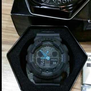 Casio G shock GA100C-8A 黑藍配色