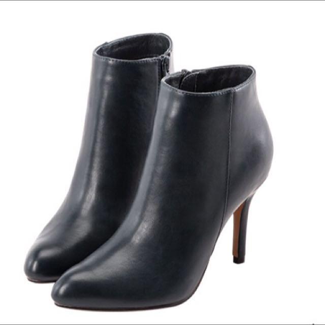 黑色尖頭短靴-24號