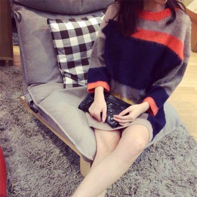 (轉賣)韓 名媛款撞色馬海毛針織中長版八分袖毛衣