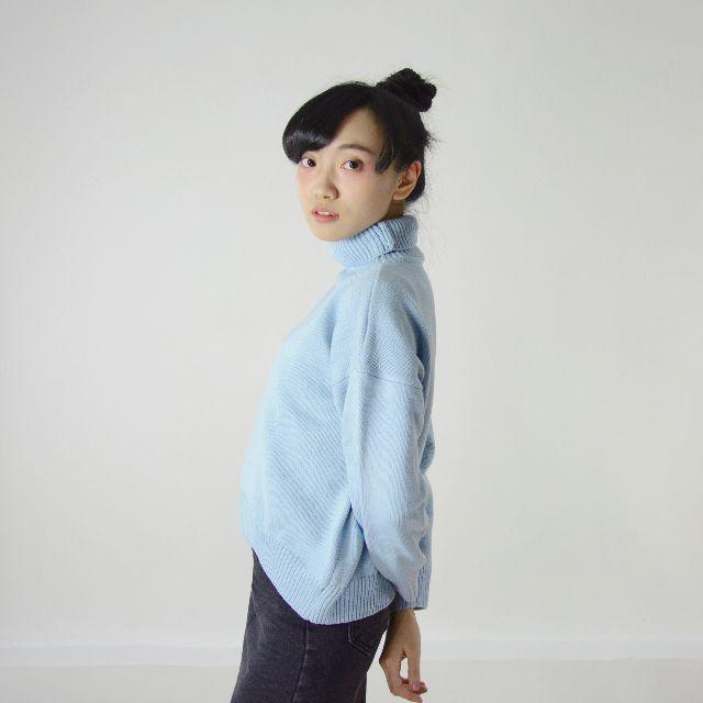高領針織毛衣 / 淺藍