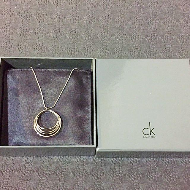 ✨CK 銀飾✨ 鏤空設計 項鍊