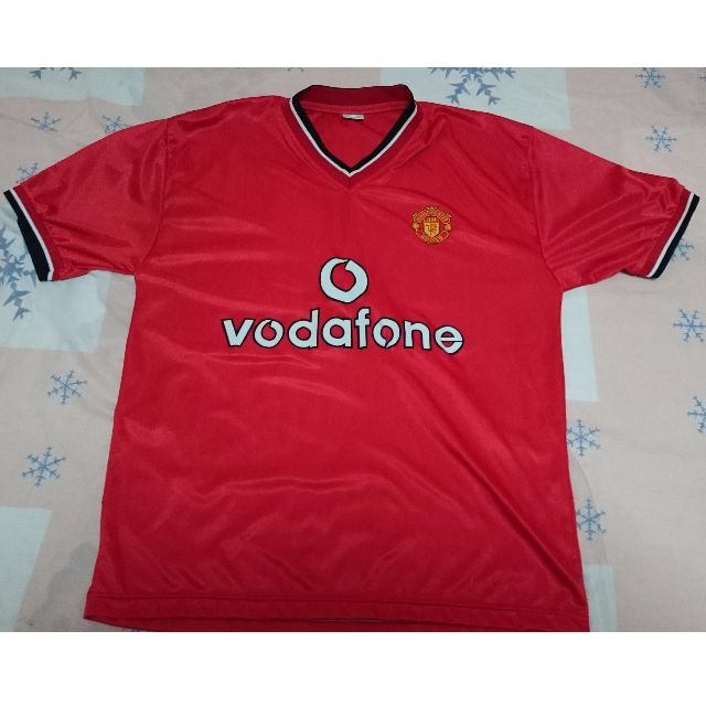fc635933e Pre-loved Manchester United Red Vodafone Jersey