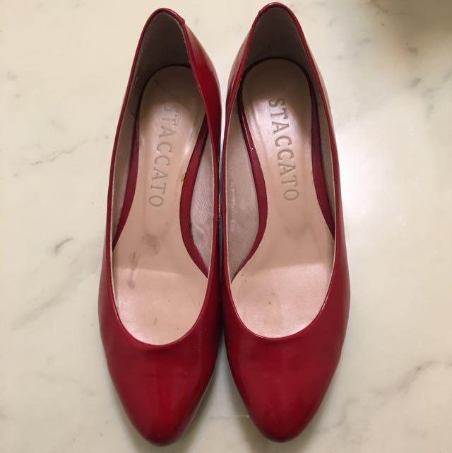 含運費~STACCATO紅色楔型鞋(8成新)