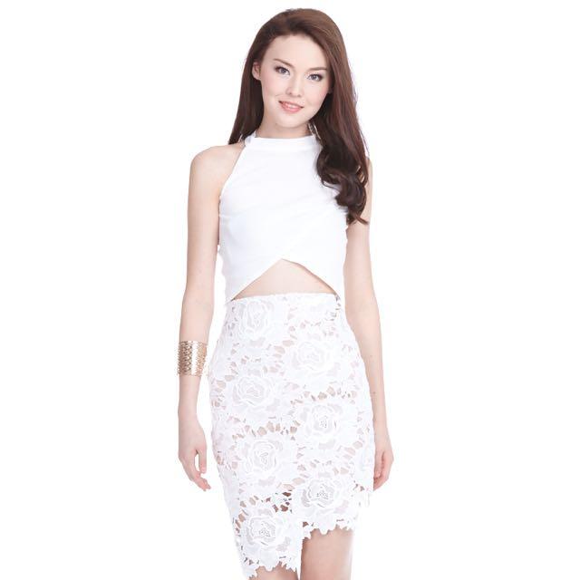f360554cab TCL Merlyn Crochet Skirt, Women's Fashion on Carousell