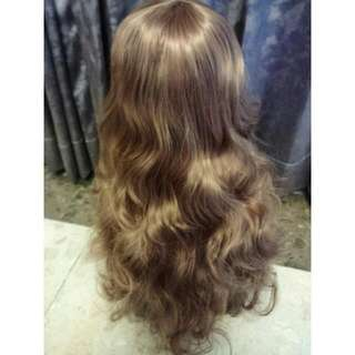A15 公主風大捲 淺棕色中長捲假髮 旁分