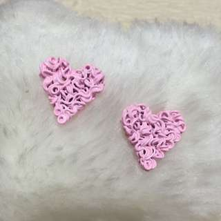 愛心粉紅耳環