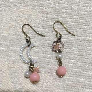 粉白月星耳環