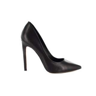 "Black ""Alessa"" Diavolina pumps - Sz 7.5"