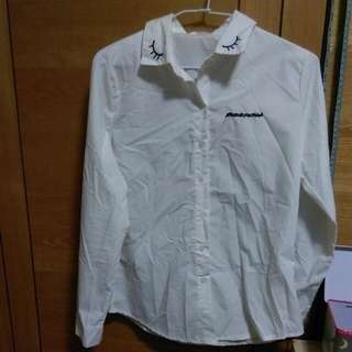 俏皮白襯衫