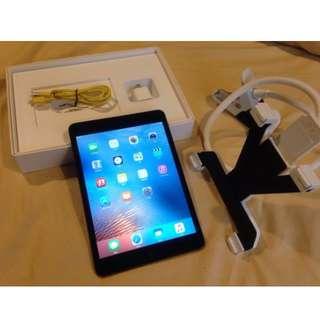 日本購買apple ipadmini第一代32G,9成新,快快下標給小孩當玩具。MINI PAD 還是很強