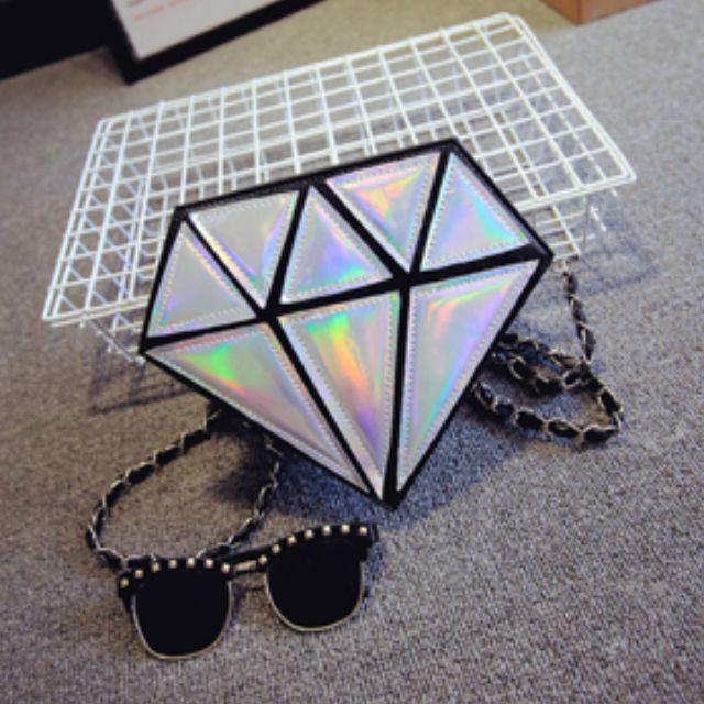 全新現貨免運-鑽石造型小方包