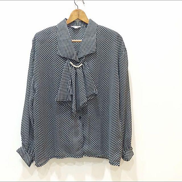 水玉點點氣質可拆式珍珠花瓣領長袖襯衫