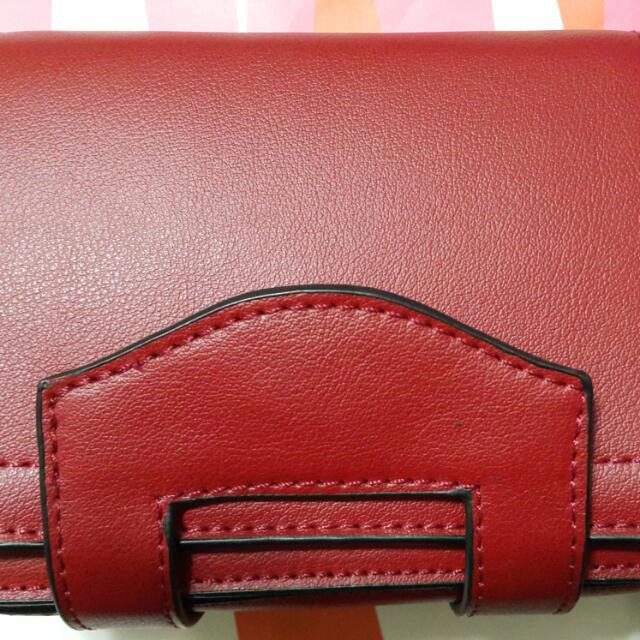 全新紅色真皮側背包