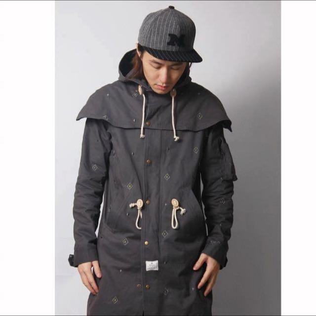 ⭐️ MISCHIEF 可拆式連帽風衣外套 9.9成新⭐️