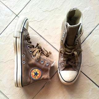 Authentic Converse All Star Chuck Taylor High Cut