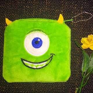 Mikey Pouch (square)