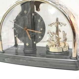 童話系列-旋轉木馬 🎠 時鐘