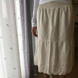 米白色長裙