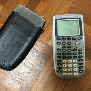 Graphic calculator TI-84 Plus Pocket SE