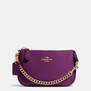 (BN) COACH Wristlet - Full Leather In Plum With Gold Link Chain