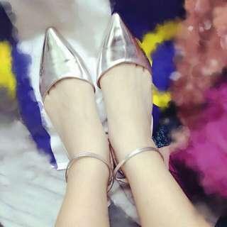 正韓銀色V型尖頭繞踝平底鞋