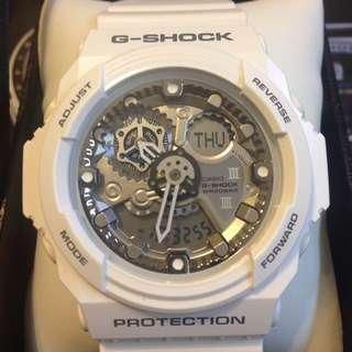 G-Shock GA-300 機械雪白銀