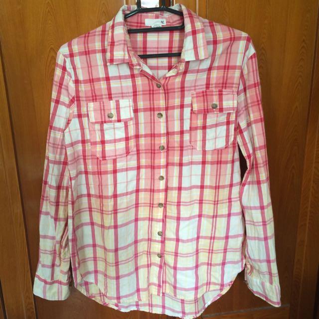 50%漸層粉色襯衫