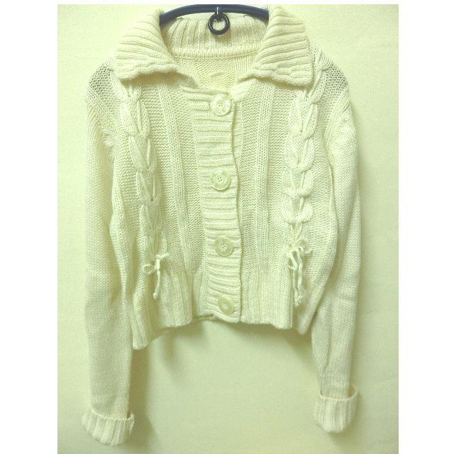 兩穿!白色針織扣子造型上衣外套