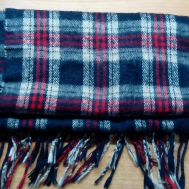 紅格紋圍巾