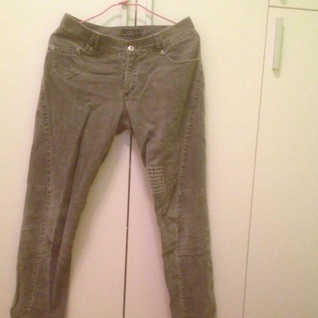 灰色拼接寬鬆褲