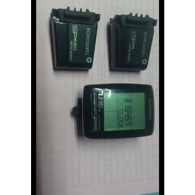 無線碼錶 9.9成新 無盒  有腳踩轉速