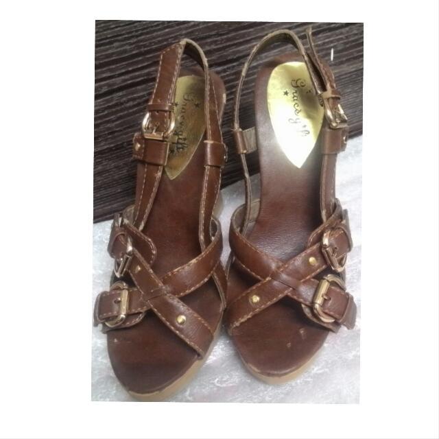 交叉 顯腳長的 羅馬楔型鞋