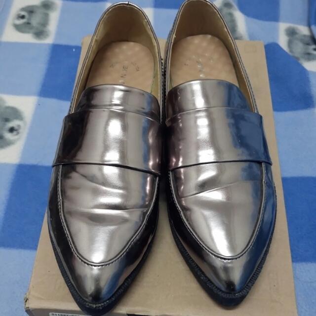 (暫售待匯)🎉年終特賣-bon voyage collection 金槍色紳士鞋 36號