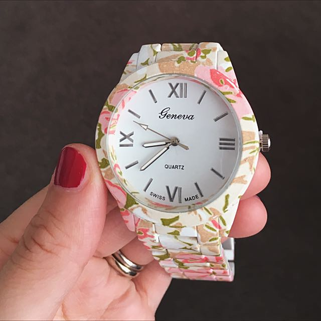 Special! $5 off!  Now only $27! Floral Stainless Steel Quartz Wrist Watch Available In 3 Colors