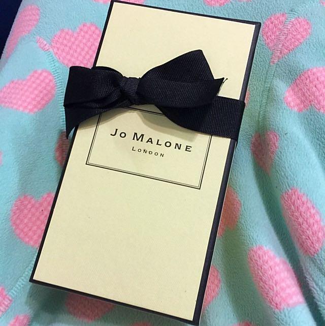 英國香氛品牌 Jo Malone 乳液250ml (杏桃花與蜂蜜)