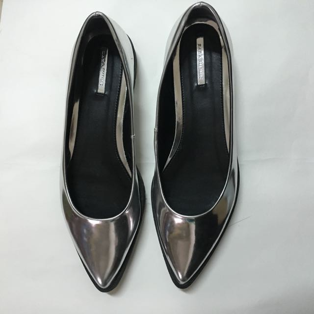 ⭐️ZARA 銀色尖頭鞋 40⭐️ 全新