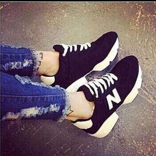 含運全新黑色高布鞋