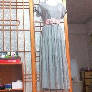 007 素面淺灰色長洋裝