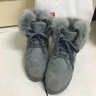 韓版澎毛繫帶雪靴23.5